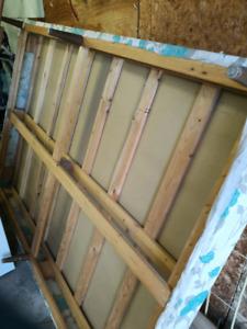 Base de lit grand lit double en bois