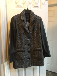 Women's Forever 21 fall/winter coat
