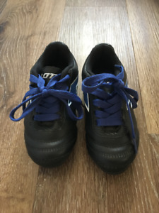Toddler Soccer Cleats - Size 8