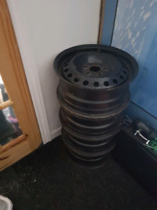 Rims Ford Volvo 16 pouces