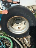 Super single tire+rims set of 4  85% tread