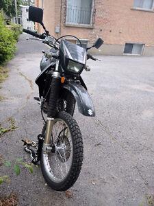 Suzuki 2009 DRZ400S