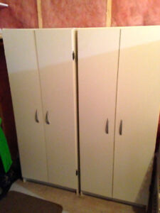1 Storage Cupboard with 4 shelves.