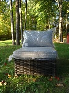 Outdoor buy or sell patio garden furniture in ontario for Outdoor furniture kijiji