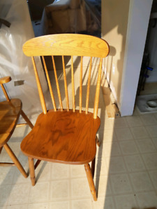 4x Solid Oak chairs