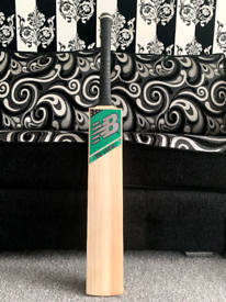 New Balance TC 1080 Cricket Bat