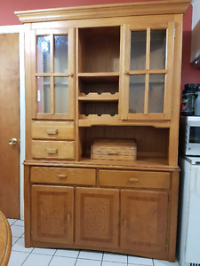 Classic Wood Display Cabinet (Vitrine en Bois) Negotiable Price