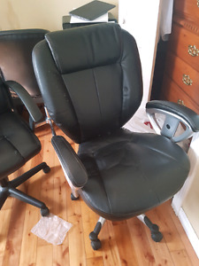 Two computer Chairs