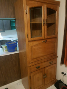 Oak Cabinets - matching, excellent condition