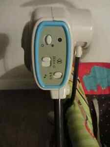 Fischer Price compact space saver Swing & Vibrating chair - $60 Kitchener / Waterloo Kitchener Area image 7