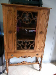 1940s CHINA CABINET