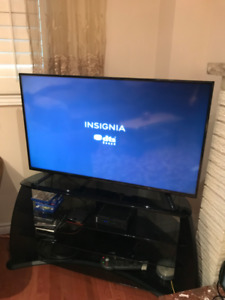 """Insignia 49"""" LED 1080p TV NEW Condition"""