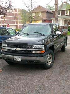 2000 Chevrolet Silverado 1500 LS - Z71 Pickup Truck 4X4