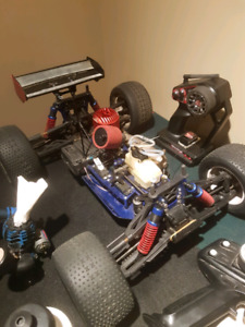 RC Kyosho inferno truggy