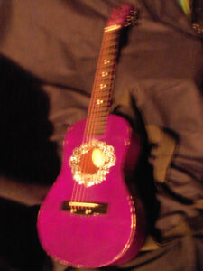 belle guitare mauve pour fille First Act