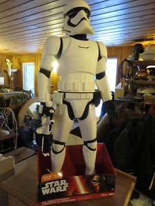 NEW STAR WARS STORM TROOPER WITH BLASTER 31 INCHS TALL WITH BLAS