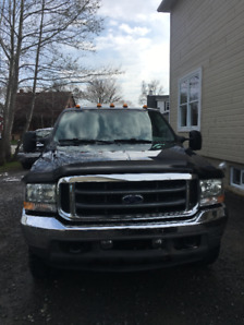 CAMION FORD F-250 XLT SUPER DUTY 2004