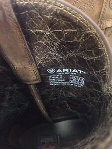 Women's Ariat boots size 6.5 Cornwall Ontario image 4