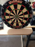 Brand new winmau dart board