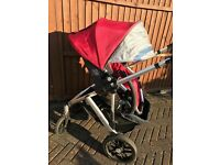 Loved this pram! Uppababy Vista in Denny Red + lots of extras