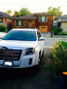 White GMC Terrain in Excellent Condition-Certified