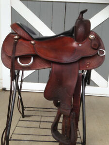 Crates reining saddle