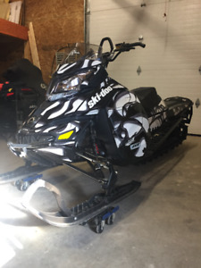 2014 Ski-Doo Summit X 146