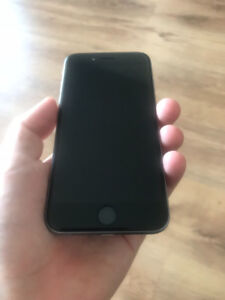 IPhone 6 - 16GB - Déverrouiller - Parfaite Condition
