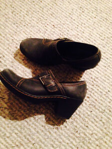 """Womens Shoes- """" Clarks"""""""