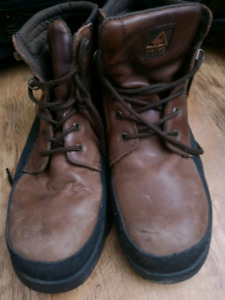 MENS STEEL TOE BOOTS SIZE 12.5