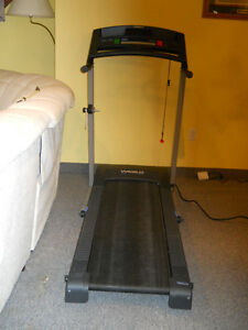 Treadmill  by Weslo  in perfect condition, calories, distance,