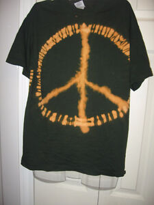 25 TYE DYE T-shirts for Sale