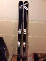 "Armada T Hall twin tip skis ""176"""