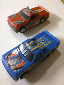 2 Slot Racing trucks 1 Slot Car Corvette