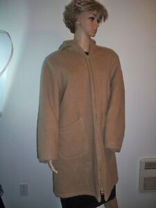 Vintage 100 Percent Pure VIRGIN WOOL Arctic Native Canadian Inuv