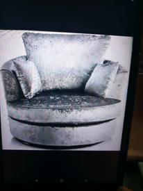 Crush velvet silver swivle chair