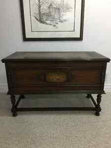 Antique Lane Cedar Hope Chest