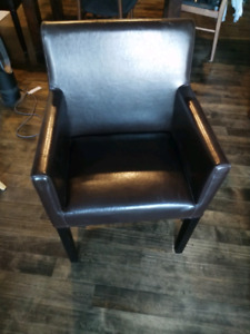 2 Brown leather structube chairs