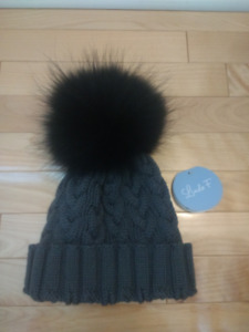 Lindo F Grey Knitted Merino Wool Hat with Detachable Black Pom P