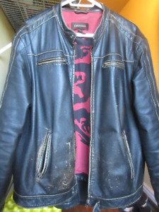 Mens XL Danier Black Distressed Leather Jacket