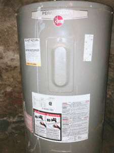 Rheem Hot Water Tank (2014)