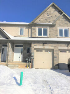 ANCASTER MEADOWLANDS - HIGHLY UPGRADED - NEW 3 BEDROOM HOME