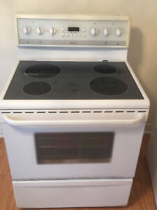 "frigidaire 30"" electric glass ceramic top stove range oven"
