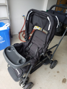 JOOVY CABOOSE SIT AND STAND STROLLER $200 negotiable