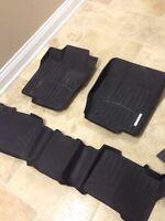 Mercedes ML GL whether-tech floor mats rubber