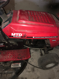 MTD Yardmachines Riding Lawnmower for Sale - $400