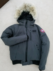 Mens Canada Goose Borden Bomber SMALL