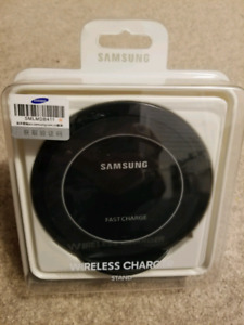 Samsung wireless Fast charger S9 S8 S7 S6 NOTE9/8/5 IPHONE 8/X