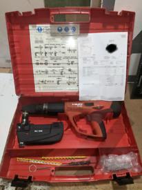 Tytut HILTI DX460 NAIL GUN