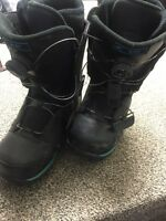 Snowboard boots, men's US size 8.